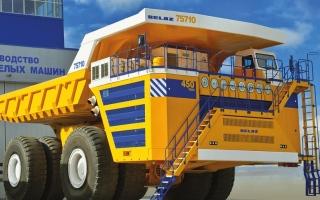 الصورة: تعرف إلى أكبر شاحنة في العالم بقوة تفوق محركات 6 سيارات بوغاتي تشيرون مجتمعة