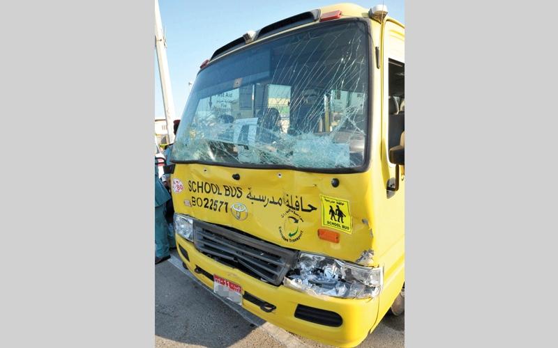 الصورة: تصادم حافلتين مدرسيتين ولا إصابات بين الطلاب