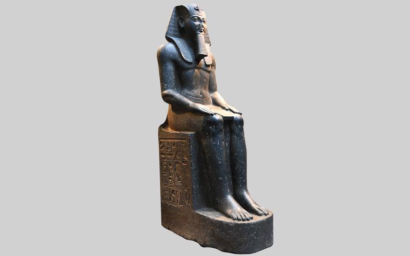 «اللوفر أبوظبي».. 620 تحـفة تروي رحلة الإنسانية والحضارة البشرية