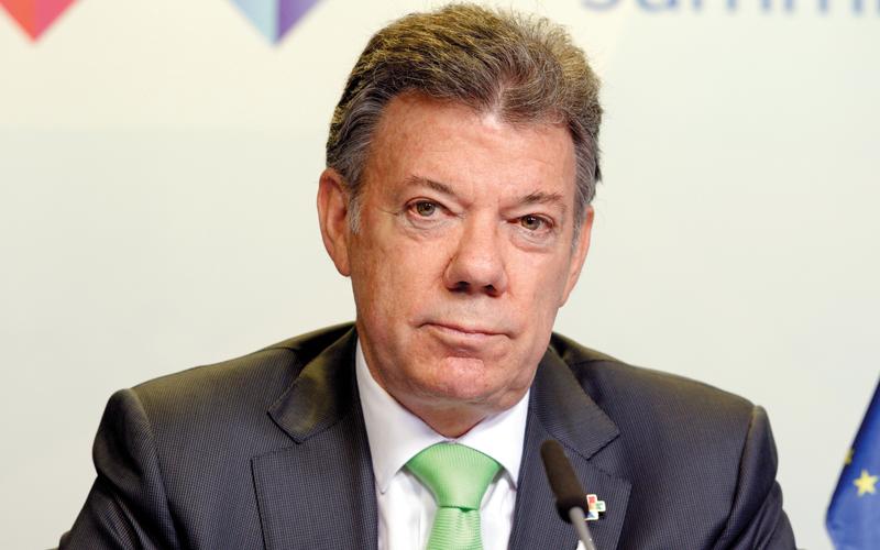 الرئيس سانتوس وضع حدوداً على مزيد من المناطق الطبيعية لتكون محميات جديدة وتعهد باستخدام الجيش لحمايتها.  غيتي