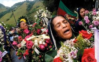 الصورة: السكان الأصليون مصممون رغم القتل