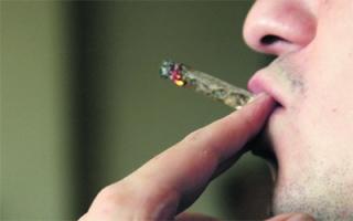 الصورة: ضبط مخدرات «الصداقة» في ثلاجة متهم بدبي