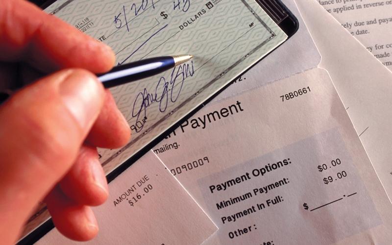 الصورة: «الاتحادية العليا» ترفض طعن متهم بسرقة شيك بـ 500 ألف درهم