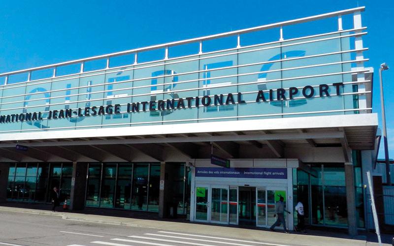 مطار «جان لوساج» يغلق مطعمه الوحيد بسبب عمليات التجديد