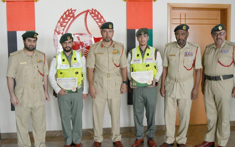 الصورة: شرطيان يضبطان عصابة من 4 أفراد بالراشدية