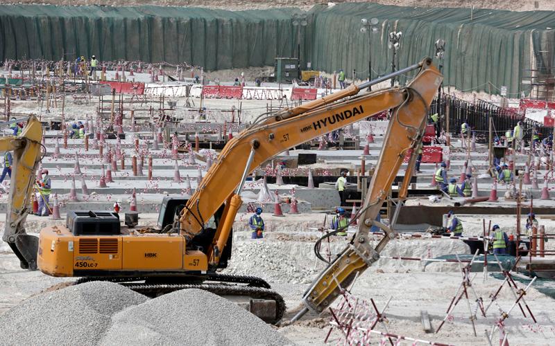 قطر في مرمى «الفيفا».. تحذير بشأن العمالة ومطالبة بمراجعة المعايير المطلوبة - الإمارات اليوم