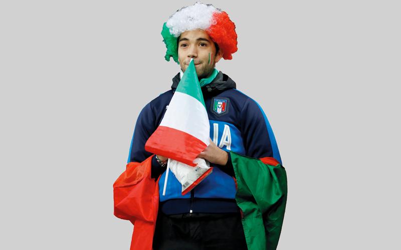 خيبة كبيرة لأنصار منتخب إيطاليا. رويترز