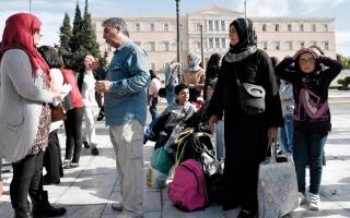 الصورة: لاجئون سوريون في أثينا  ينهون إضراباً عن الطعام استمر أسبوعين