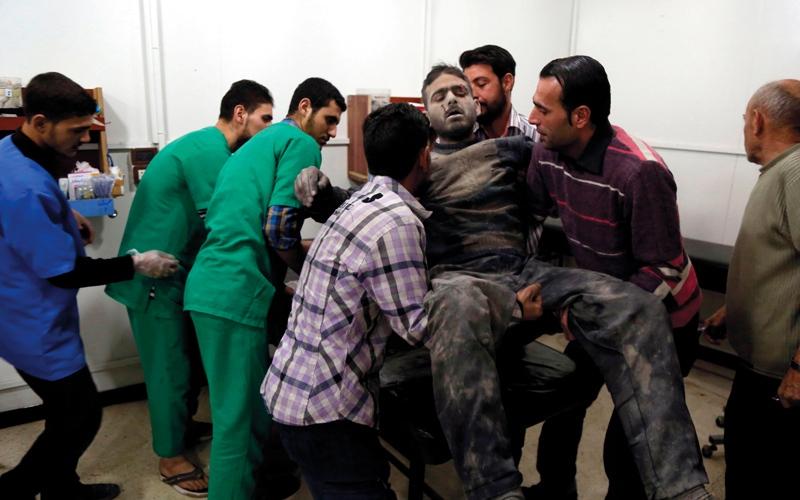 الصورة: مقتل 7 من قوات النظام بقصف خطأ شرق دمشق