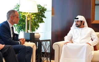 مكتوم بن محمد: توفير التسهيلات اللوجستية لمساعدة الشركات وتفعيل أنشطتها في الإمارات