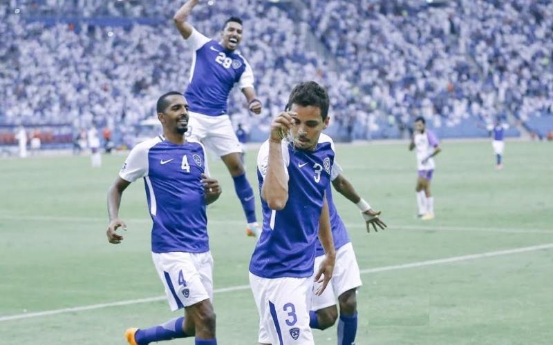 الصورة: المنيع: لا يجوز الدعاء على اللاعبين الأجانب