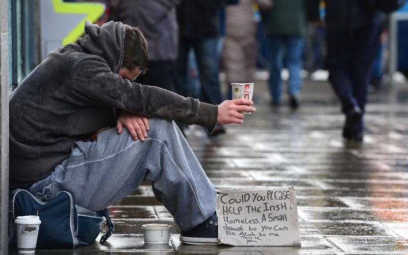 الصورة: دعوة إلى عدم إطعام المشردين في إيرلندا تثير غضبهم
