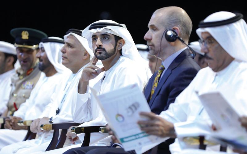 الصورة: حمـدان بـن محمد يدعو إلــى تنفيذ مشاريع بأفكار مبتكرة تسعد البشر