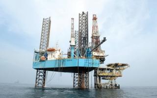 الصورة: «قطر للبترول» تستغني عن مئات الموظفين  في قطاع الغاز بسبب «الأزمة»