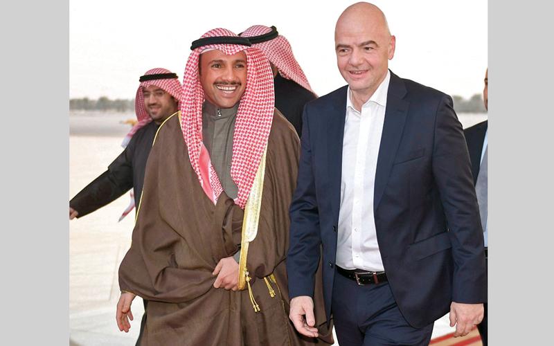 أنفانتينو خلال وصوله الكويت. أ.ف.ب