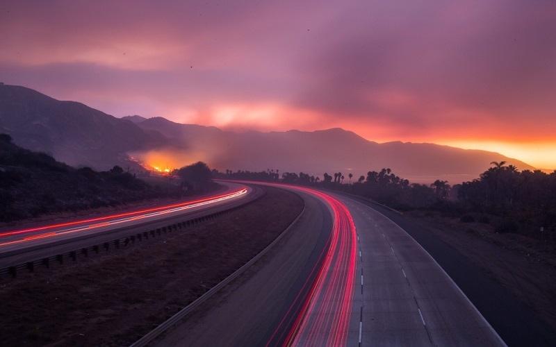 الصورة: بالصور...شاهد حرائق غابات كاليفورنيا