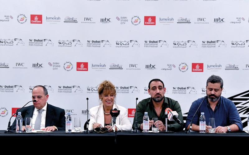 جانب من المؤتمر الصحافي الذي أقيم على هامش فعاليات «دبي السينمائي» للكشف عن المسلسلات الجديدة. تصوير: باتريك كاستيلو