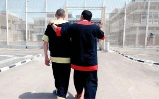 الصورة: «إسلامية دبي» تسدّد 522 ألف درهم مديونيات 4 سجناء