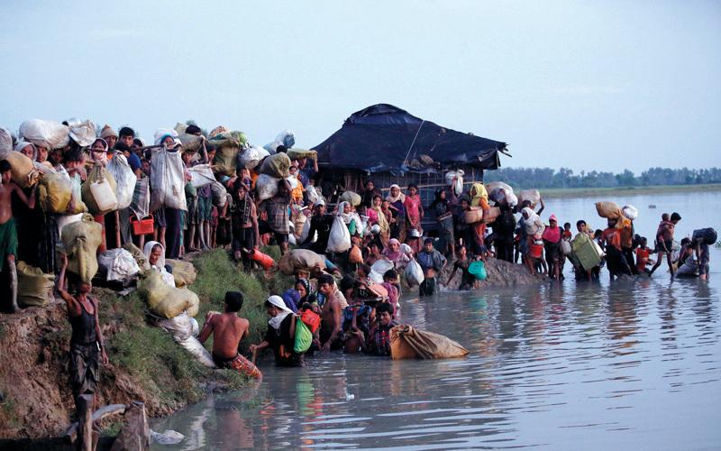 كثير من مسلمي الروهينغا واجهوا الموت أثناء رحلة التشرّد. رويترز