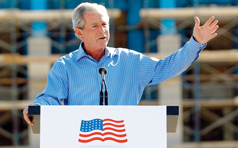 استراتيجية الرئيس السابق جورج دبليو بوش فضفاضة وتتمثل في «إنهاء الطغيان في عالمنا». أرشيفية