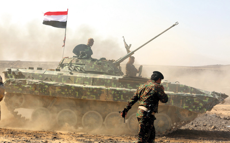 قوات يمنية تشترك في مناورة عسكرية لقوات التحالف في مأرب. إي.بي.إيه