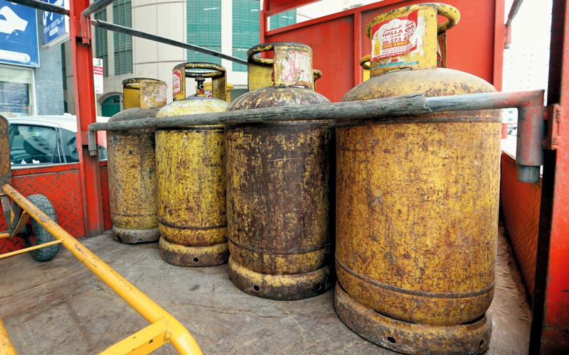 سلوكيات خطرة وراء انفجار أسطوانات الغاز