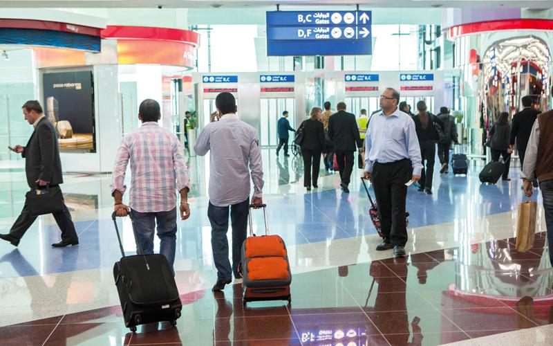أسعار تذاكر السفر إلى الوجهات الإقليمية تبدأ من نحو 1000 درهم. تصوير: أحمد عرديتي