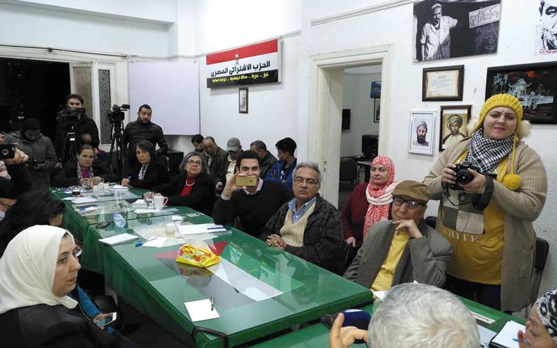 المتحدثون أكدوا ضرورة وضع خطة جديدة للمواجهة مع إسرائيل. الإمارات اليوم