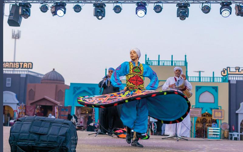 أنامل تدمج بين الماضي والحاضر في مهرجان الشيخ زايد التراثي