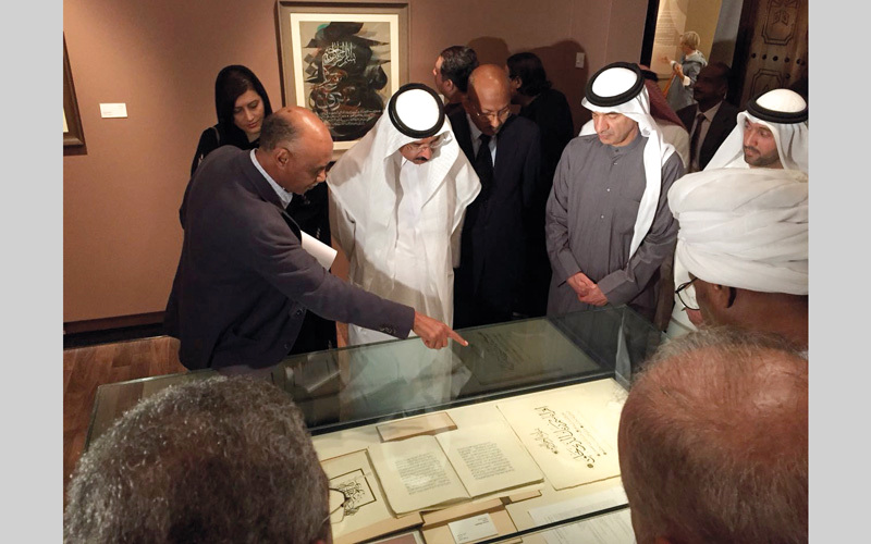 خلال افتتاح المعرض في متحف الشارقة للخط.  الإمارات اليوم