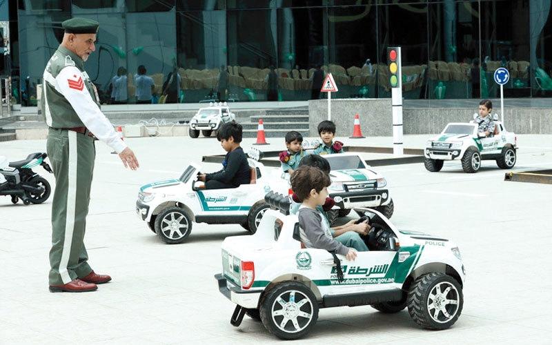 الصورة: شرطة دبي تختتم برنامج «أمنكم.. سعادتنا»