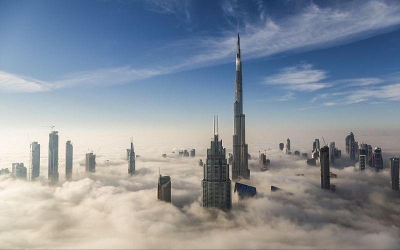 الصورة: بالصور.. دبي بين الغيوم