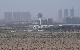 هدوء «موجة الغبار» اليوم.. و4 درجات انخفاضاً في الحرارة