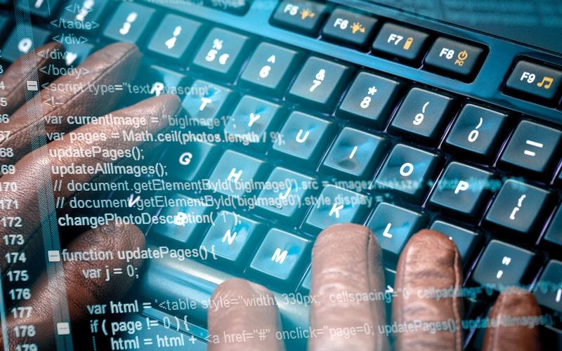 الصورة: اكتشاف أخطاء برمجية في 10 من أجهزة «سيسكو» لشبكات المعلومات