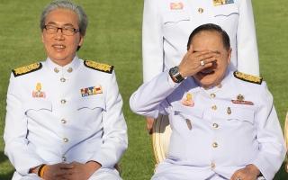 الصورة: وزير الدفاع التايلاندي يقتني ساعات بقيمة 943 ألف دولار