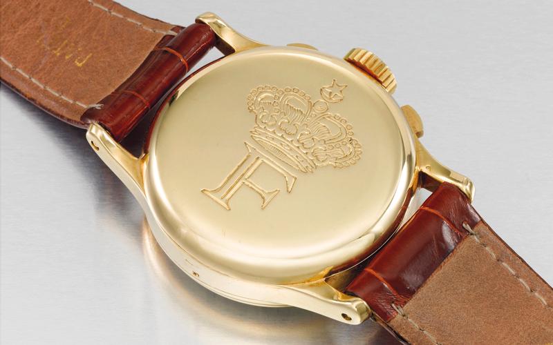 طرحت دار الساعات السويسرية «باتيك فيليب» هذا الطراز في عام 1941 وصنعت منه 281 ساعة.  من المصدر
