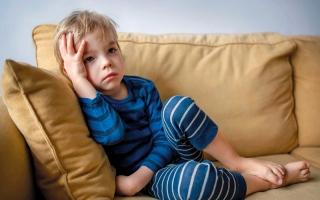 الصورة: انفراط عقد المجتمع وغياب التآلف الأسري وراء قلق واكتئاب الأطفال