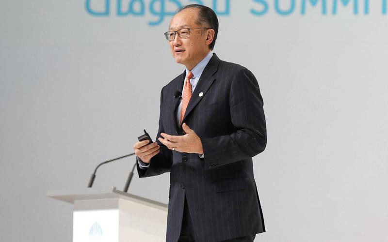 جيم يونغ كيم: «سيحتاج العالم، بحلول عام 2020، إلى 139 مليون وظيفة، تزيد في عام 2030 إلى 180 مليوناً».