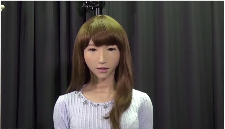 اليابان يستخدم انسانة آلية لتقديم الاخبار على التلفزيون