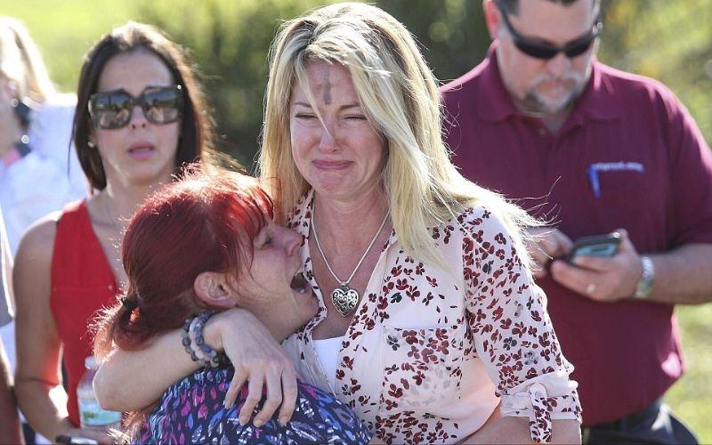 الصورة: بالصور.. فاجعة فلوريدا.. لحظات رعب وخوف وصدمة