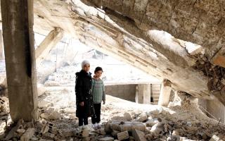 الصورة: النظام السوري يعود إلى إرهاب الـدولة الشامل من خلال عقاب جماعي على نطـاق واسع
