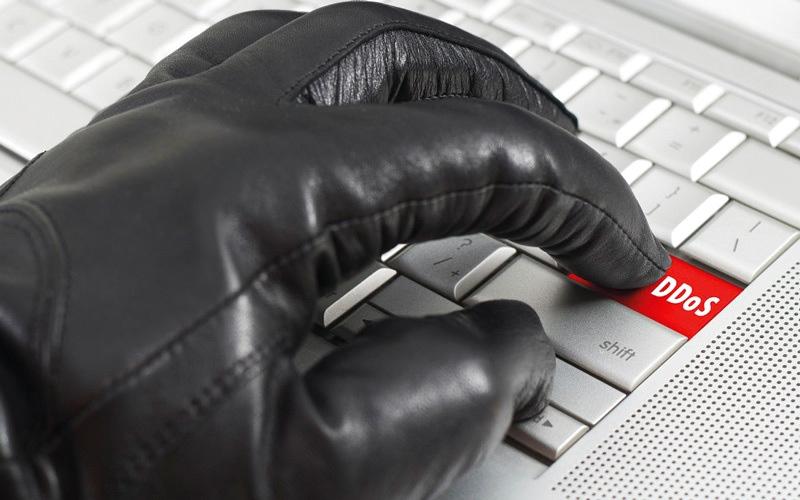 الصورة: «الحرمان من الخدمة الموزعة» تهاجم الإنترنت