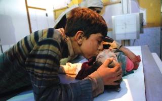 الصورة: مساعدات دولية تدخل إلى الغوطة الشرقية مع تقدم لقوات الــنظام