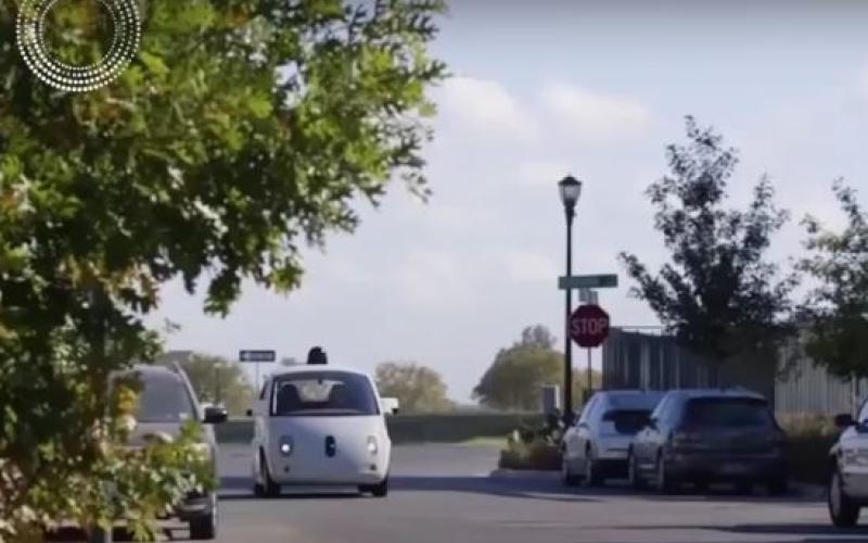 الصورة: بالفيديو.. العالم في 2118..  مستقبل السيارات ذاتية القيادة