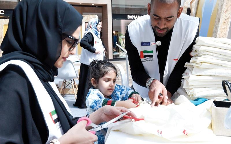الصورة: «طرق دبي» تنظم «كسوة خير» لمساعدة المعوزين