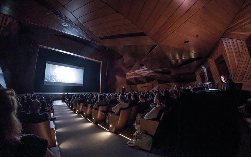 مهرجان أبوظبي للأفلام العلمية.. احتفال الفنون بالعلوم