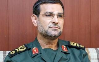 الصورة: قائد بالحرس الثوري الإيراني يحضر معرضاً للدفاع في قطر
