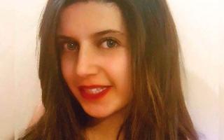 الصورة: مقتل طالبة مصرية في لندن على أيــدي 10 معتديات