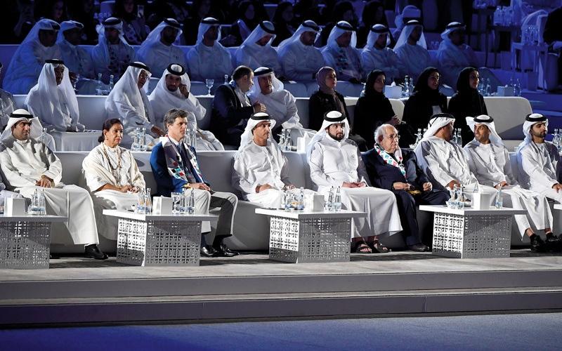الصورة: هزاع بن زايد يشهد افتتاح الأولمبياد الإقليمي الخاص