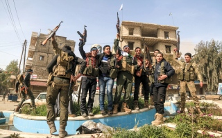 الصورة: القوات التركية تسيطر على عفرين بالكامل.. والأكراد يهددون بـ «كابوس» وهجمات ضد أنقرة